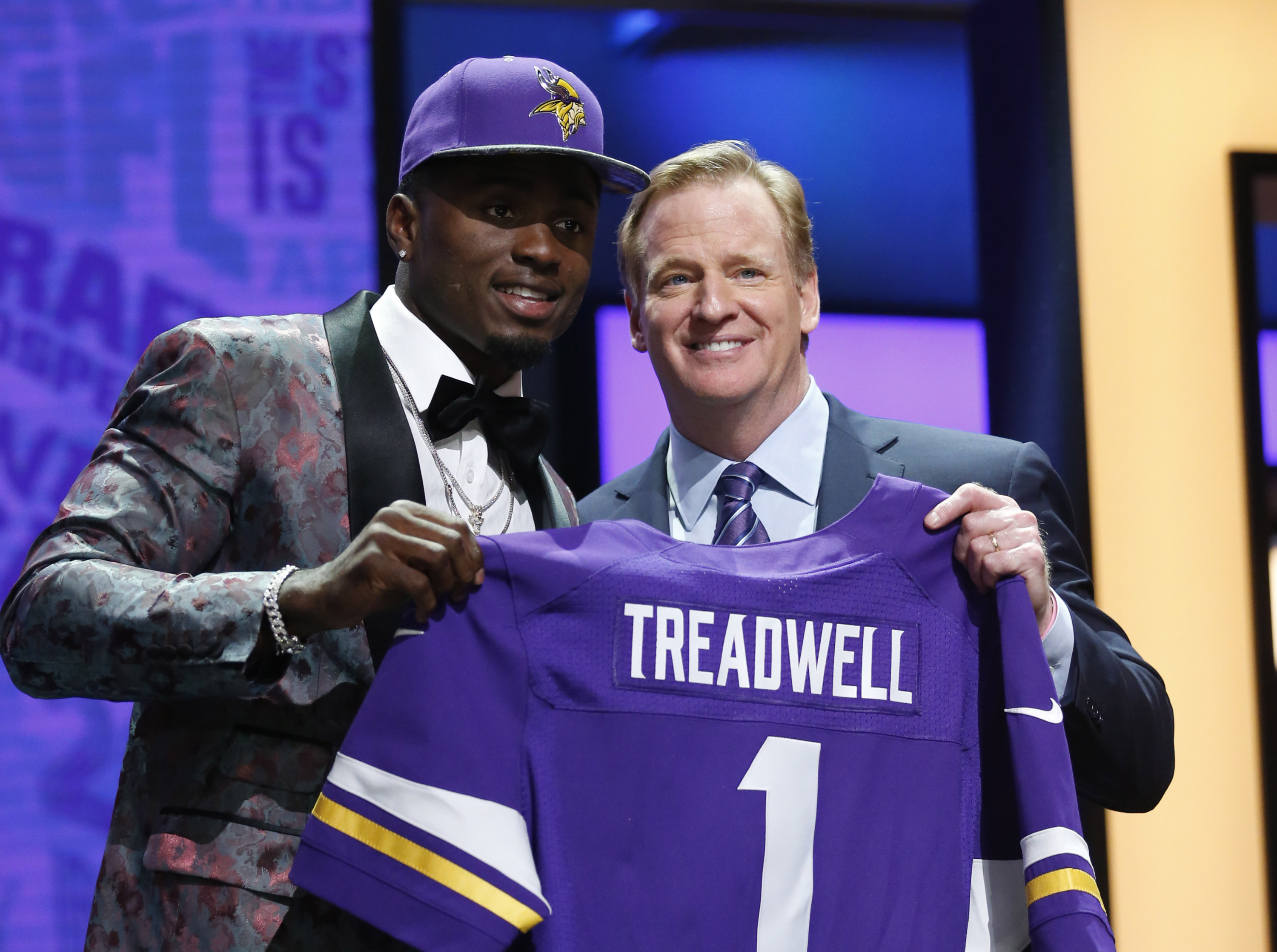Laquon Treadwell with NFL commissioner Roger Goodell after being selected  by the Minnesota Vikings as the 40d3797f6
